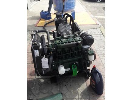 Yazoure разработали новый воздушный компрессор с  двигателем Lister Petter